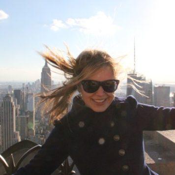 Josie loves in New York