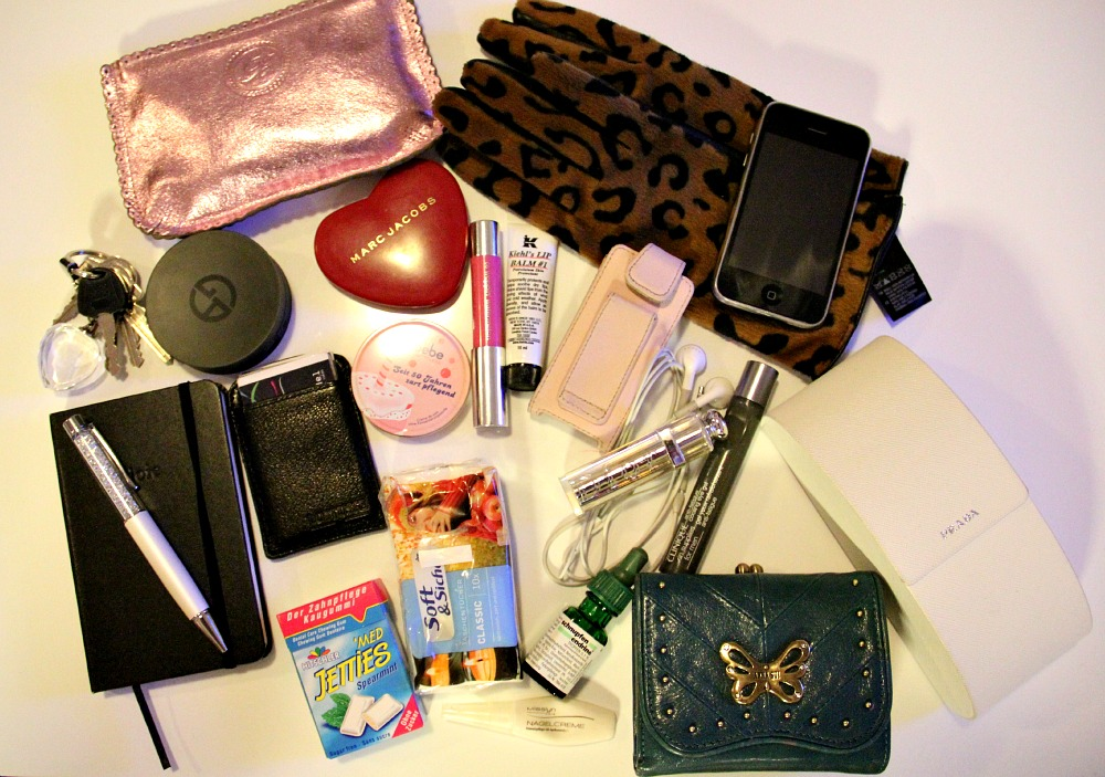 Josie loves bei CONLEY'S: What's in my bag?