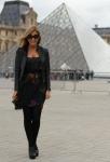 Josie loves in Paris