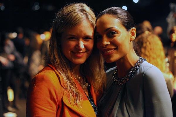Mit Rosario Dawson in Paris