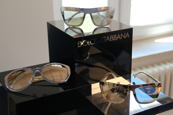 Im Showroom vn Luxottica: Sonnenbrillen von Dolce & Gabbana, Prada und Ray Ban