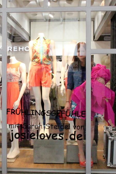 Mein Schaufenster für Oasis und Warehouse in München