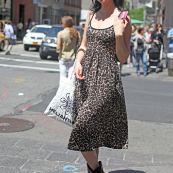 Krysten Ritter beim Shopping in SoHo