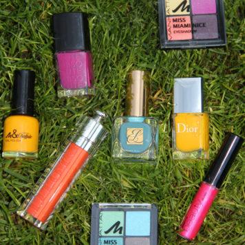 Knallige Make-up-Farben für den Sommer