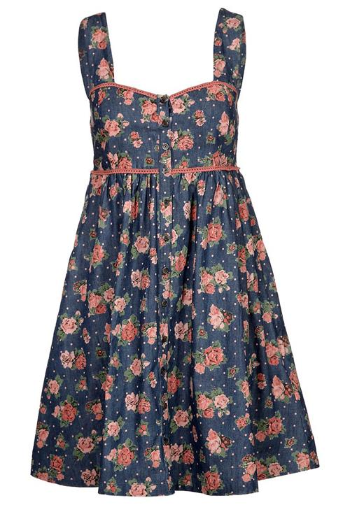 Schnäppchen des Tages: Jeanskleid mit Rosenprint von mint&berry