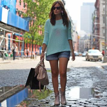 Meine Lieblingslooks im Sommer zum Nachstylen: Oversize-Pulli und Shorts