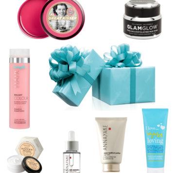 Josie loves Adventskalender – 6. Dezember: Douglas Beauty Paket im Wert von über 400 Euro