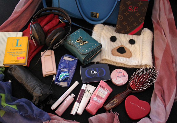 """What's in my bag?"" reloaded"