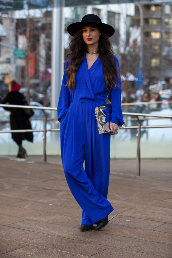 Street Style Trend in New York: Royal Blue