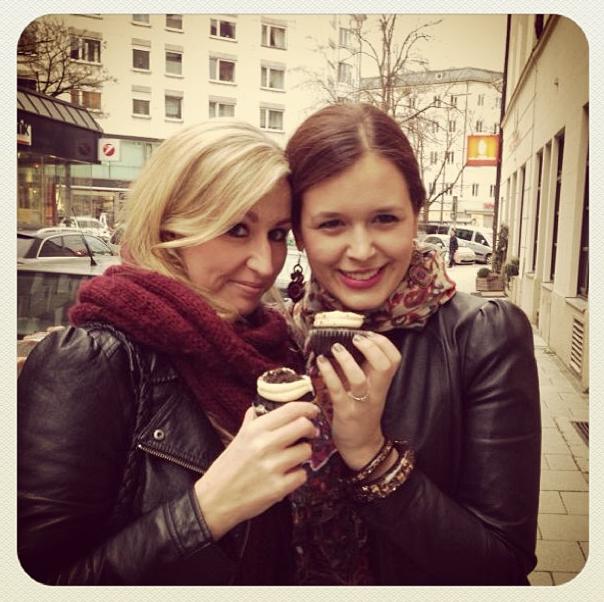 Cupcake Time with Julia