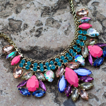 Shopping Tip: H&M Statement Necklace