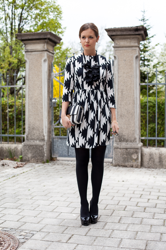 Graphic printed dress
