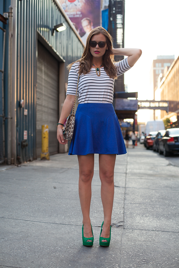 25 Kleidungsstücke – 50 Looks: Outfit 11 – Tom Tailor Streifenshirt + Asos Rock