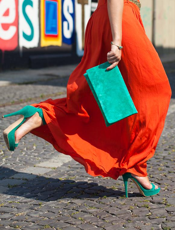 25 Kleidungsstücke – 50 Looks: Outfit 23: Tom Tailor Streifenshirt + C&A Maxirock