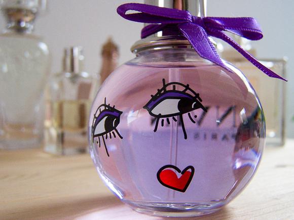 Carina's Closet - Part One: Ein Parfum, das Glück versprüht