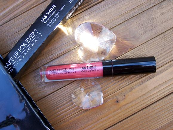 """Lab Shine Lip Gloss """"Chrome Candy"""" von Make Up For Ever (19 Dollar, erhältlich bei Sephora)"""