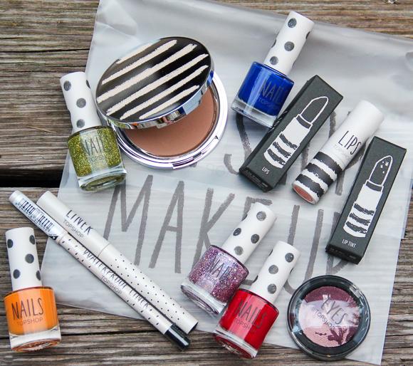 Gewinnt ein Make-up-Set von TOPSHOP!
