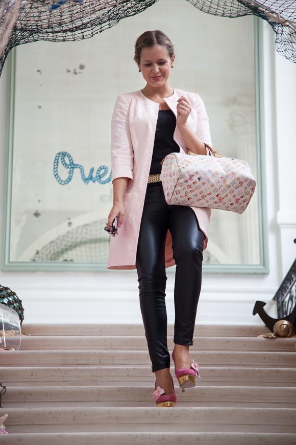 Paris Fashion Week: Mein Outfit am dritten Tag - NAF NAF trifft auf Charlotte Olympia