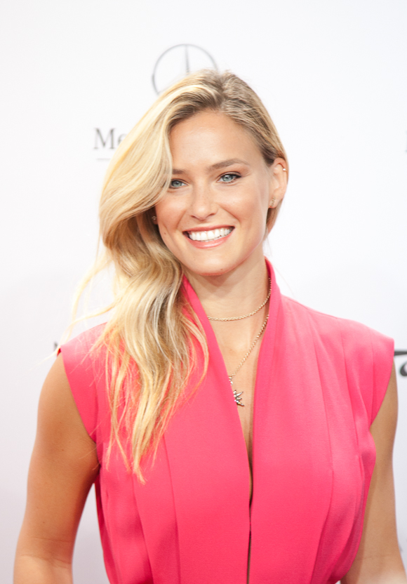 Bar Refaeli Laurèl Juli 2014