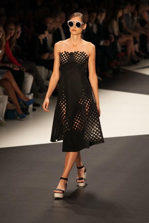 Berlin Fashion Week: Ioana Ciolacu Sommer 2014