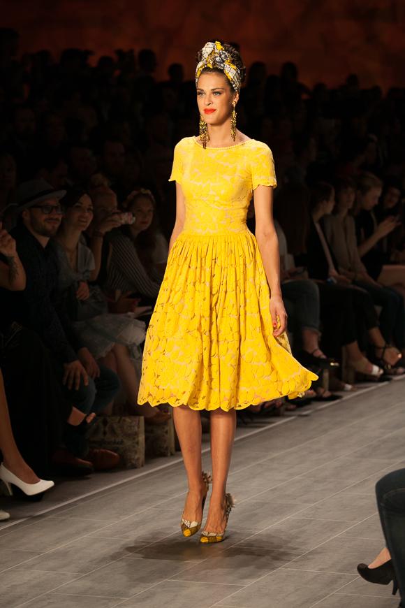 fashion week berlin lena hoschek 2015 josie loves. Black Bedroom Furniture Sets. Home Design Ideas