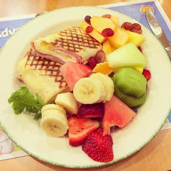 Cora Breakfast Toronto