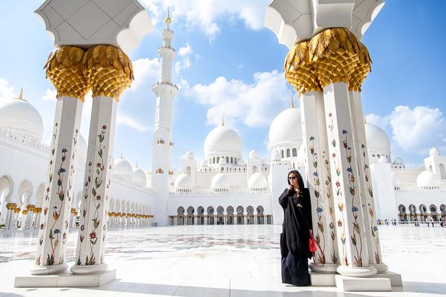 Die Sheikh-Zayed Grand Mosque in Abu Dhabi