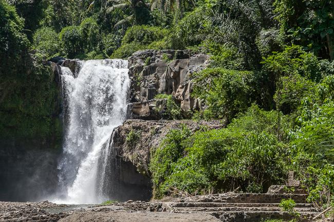 Ein Ausflug zum Tegenungan Wasserfall auf Bali