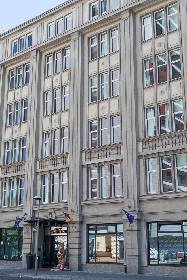 Hotel-Tipp in Berlin: Unser Fashion Week Zuhause - Das Adina Apartment Hotel Checkpoint Charlie