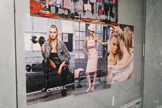 Karl Lagerfeld. Modemethode in der Bundeskunsthalle Bonn