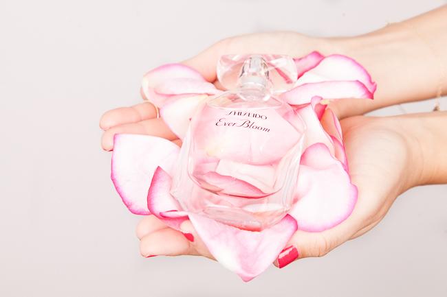 Ein Blumenstrauß im Flakon: Ever Bloom von Shiseido