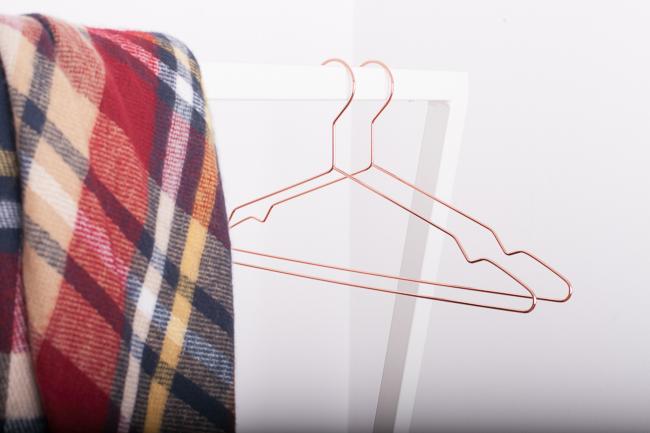 New In: Kleiderstange von HAY