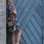 Ein Sommerkleid von Alice + Olivia