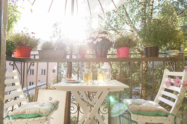 Dachterrasse Sommer Balkon Windschutz Sichschutz Holz Patio Möbel