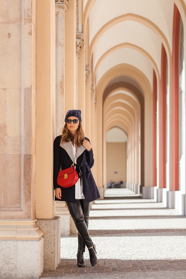 Herbst outfit strickmantel von boden lederleggings for Boden preview herbst 2016