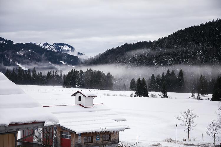 hubertus-alpin-lodge-balderschwang-aussicht-berge