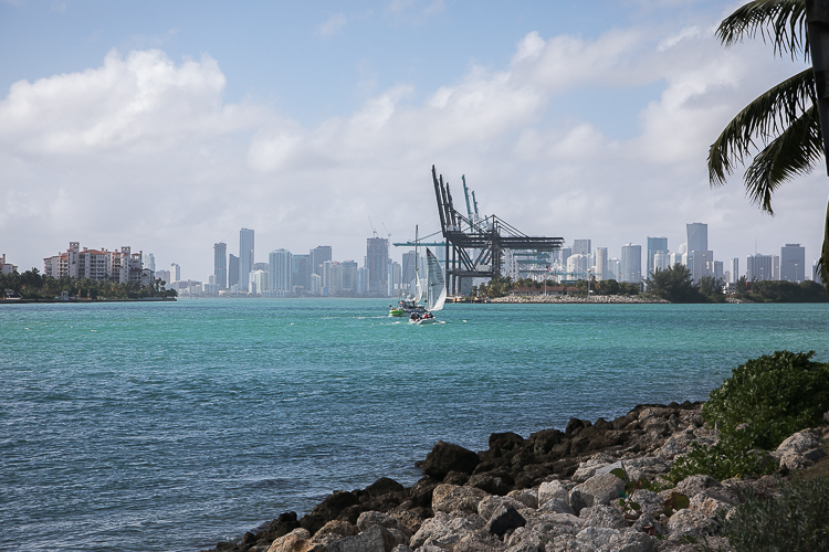florida-miami-downtown-skyline-blog