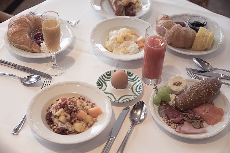 Frühstück Allgäu Sonne Oberstaufen