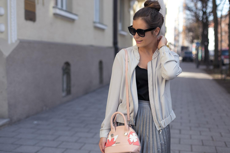 Outfit Blouson Jacke Laurel
