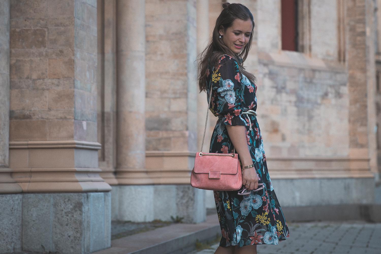 Styling-Tipps für Hochzeitsgäste: Das Hemdblusenkleid - Josie Loves