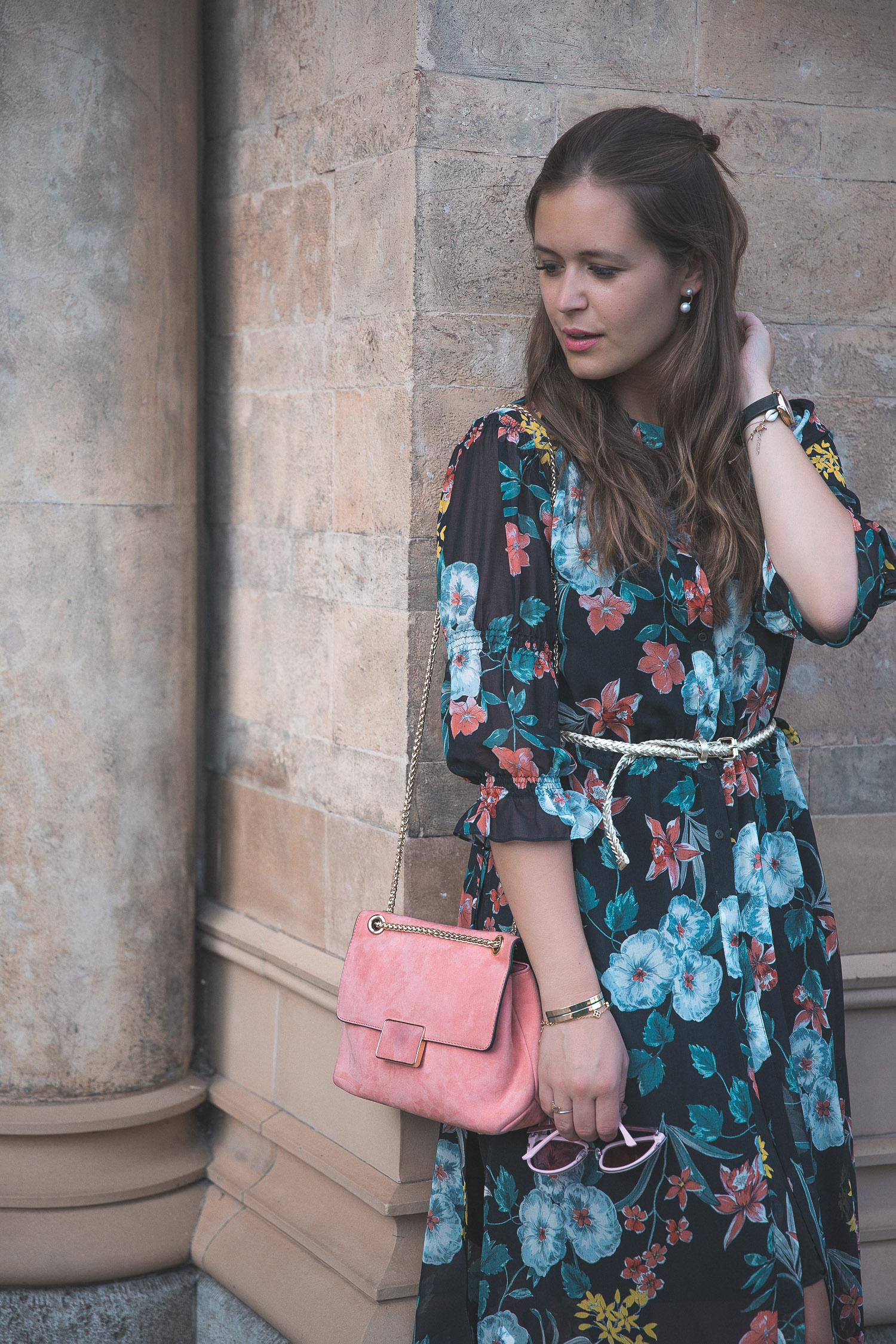Outfit Hochzeitsgast Kleid Styling-15 - Josie Loves