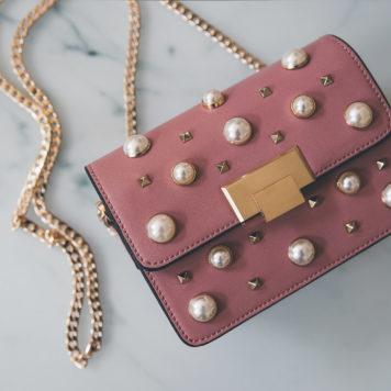 Tasche mit Perlen von Topshop