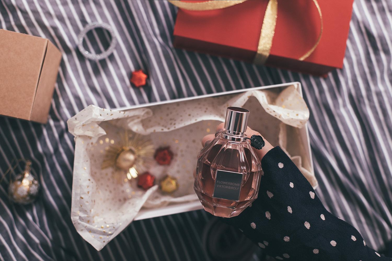 Ein Weihnachtsgeschenk für Lieblingsmenschen: Flowerbomb von Viktor ...