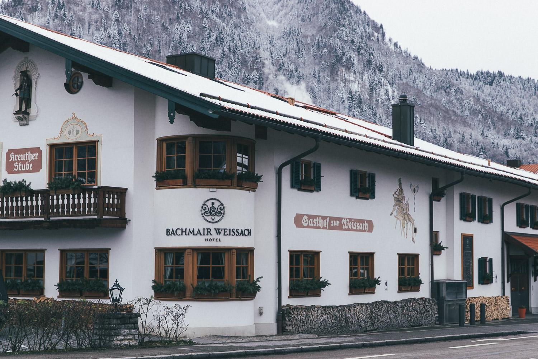 Nicht nur im Winter eine Reise wert: das Hotel Bachmair Weissach am Tegernsee