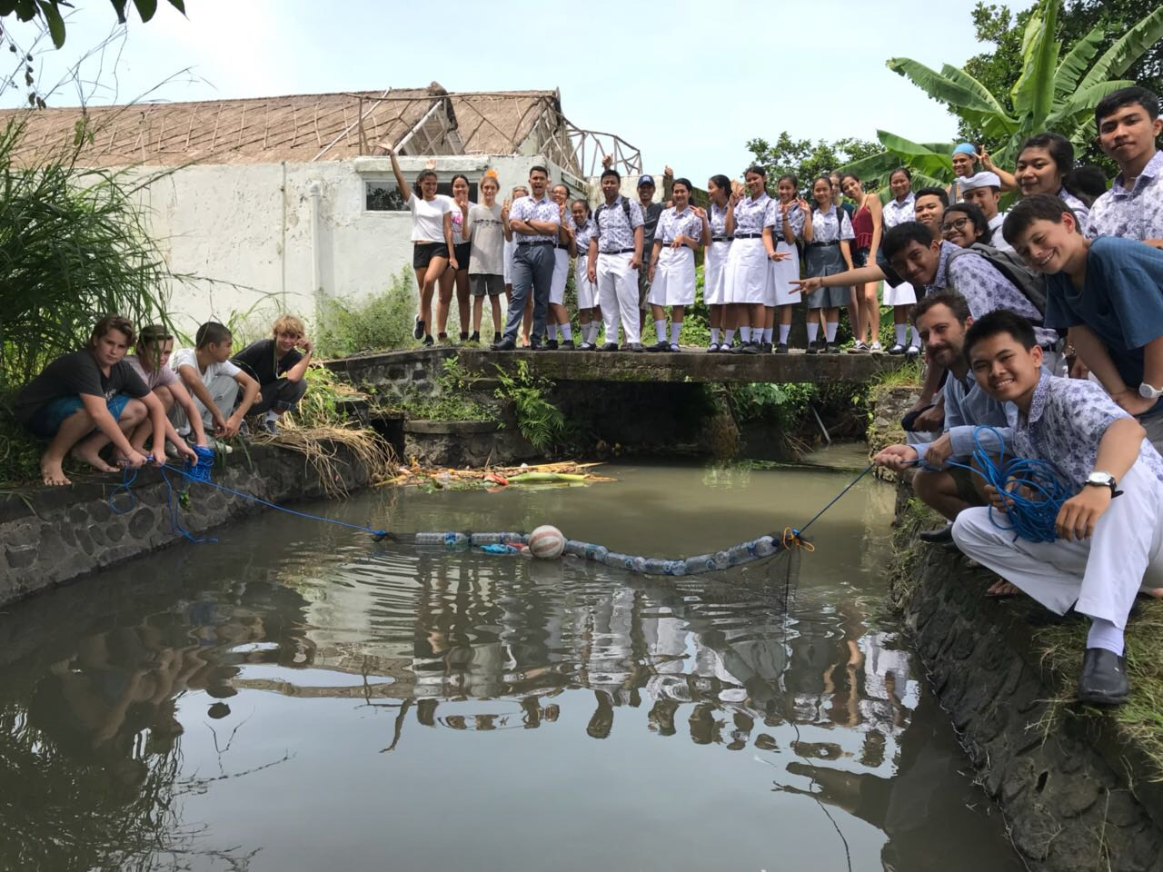Sie tun etwas gegen den Plastikmüll auf Bali!