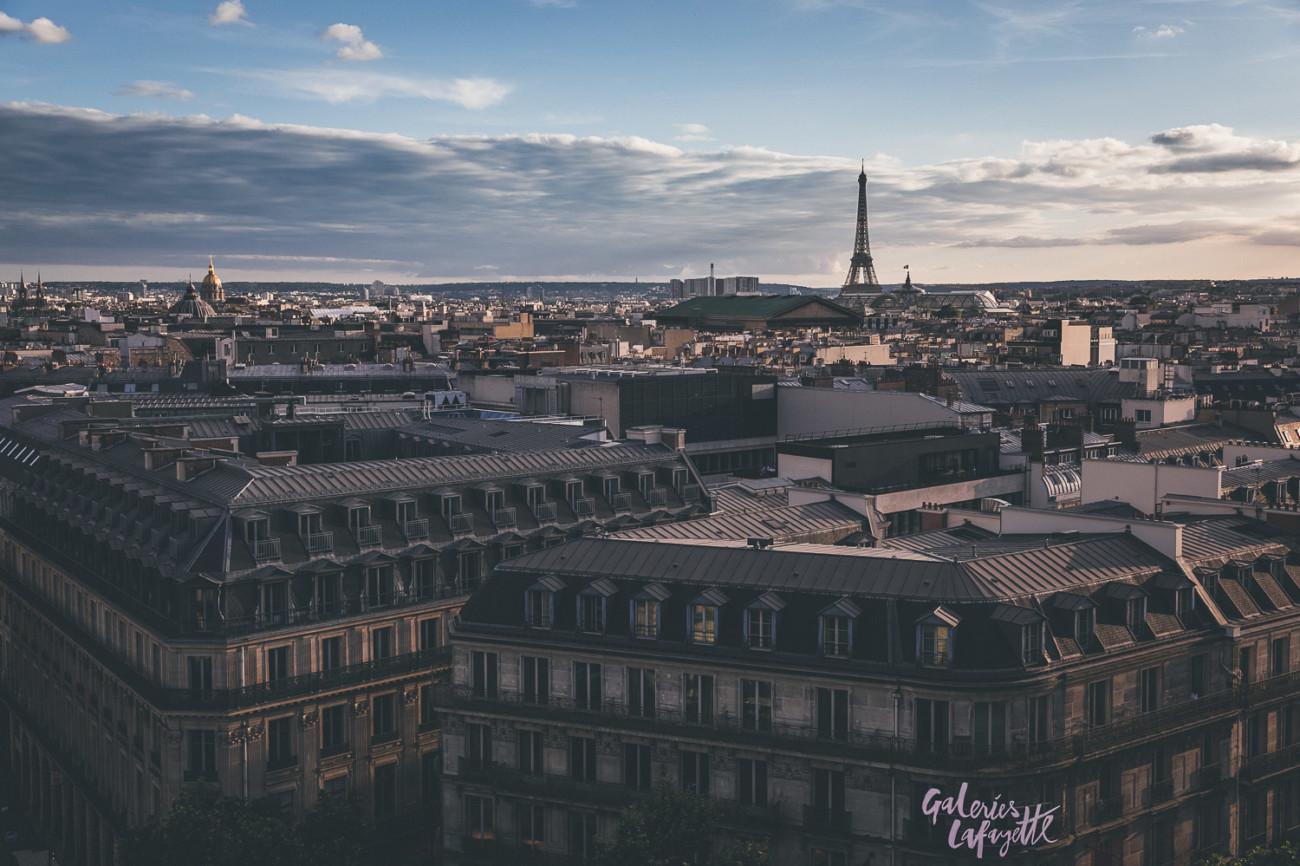 Auf der Dachterrasse der Galeries Lafayette in Paris